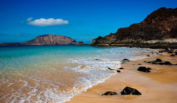 Picture of a beach in the Canaries