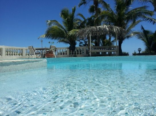 Exchange of homes with a pool in Saint Martin