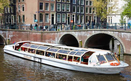 GuestToGuest, traveling, sharing economy, family friendly amsterdam