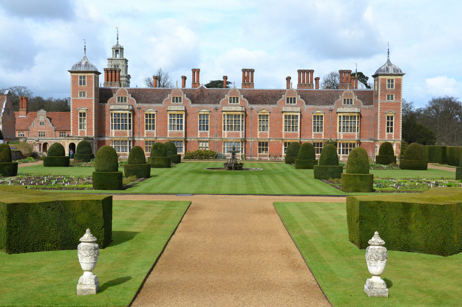 GuestToGuest, UK best stately homes, blicking hall norfolk