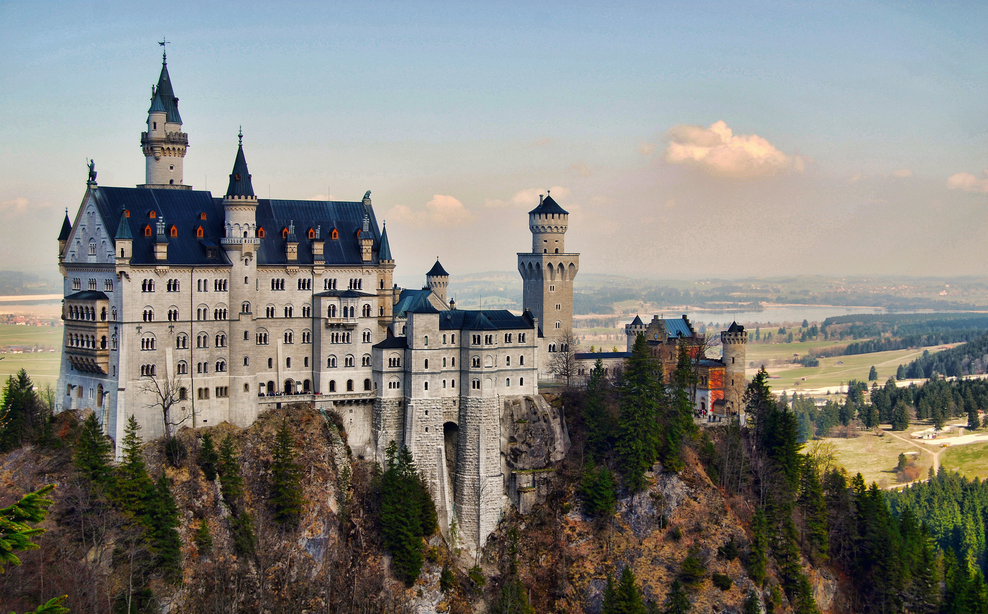 GuestToGuest, traveling, sharing economy, fairytale locations, neuschwanstein castle