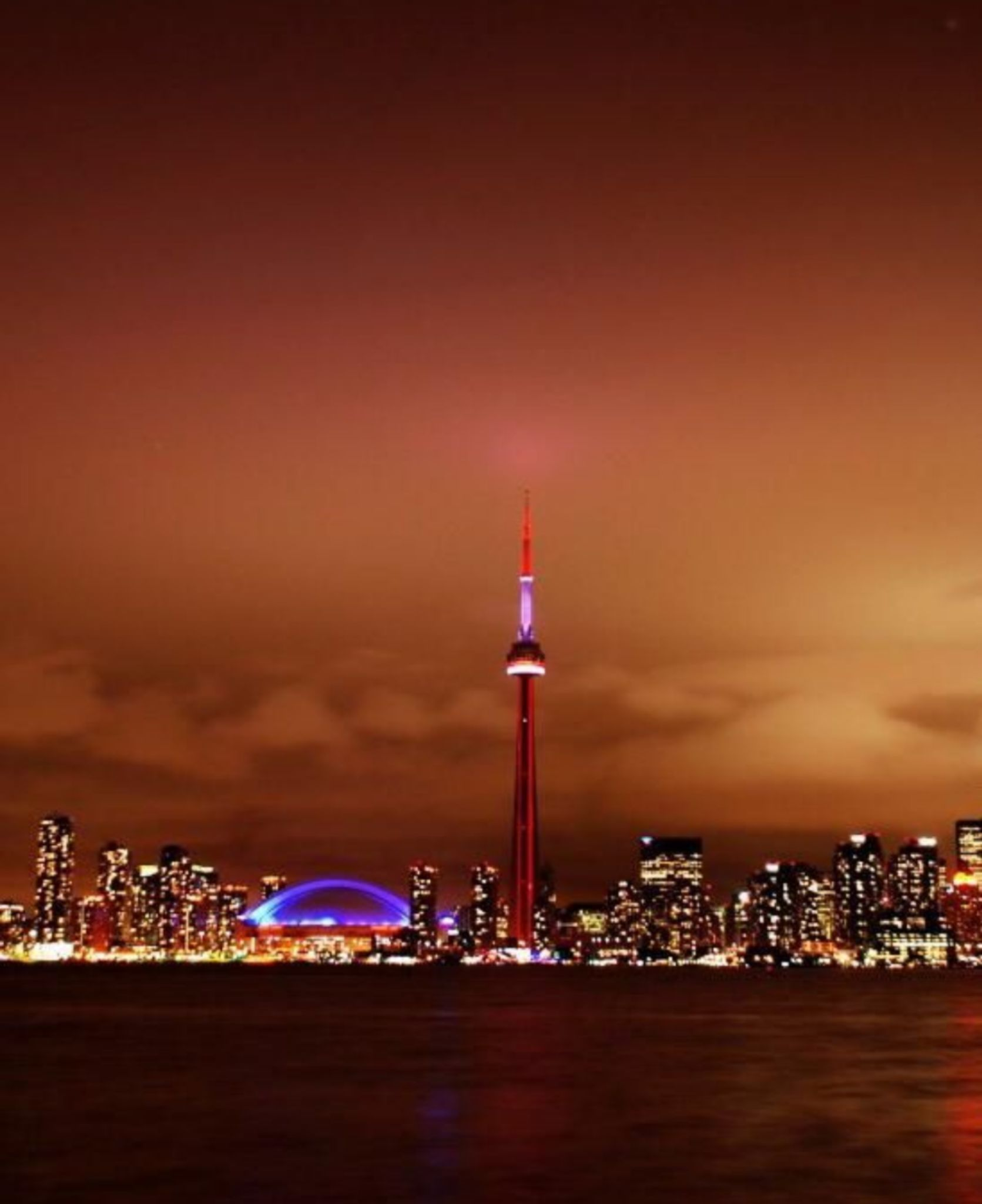 Toronto skyline — the city where Christine, Thomas and Luca live and host with home exchange