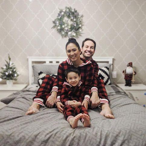 HomeExchange family photo - travel