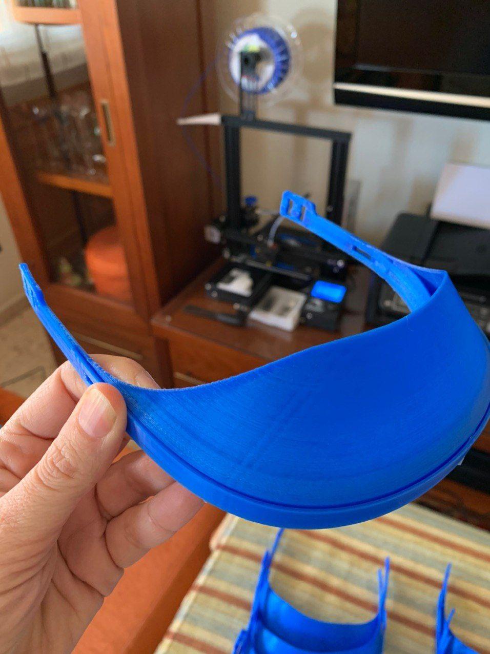3D printed medical masks - HomeExchange coronavirus crisis response