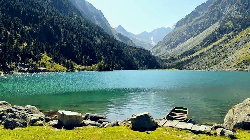 echangedemaison-lac-midi-pyrenees-france-montagne-campagne