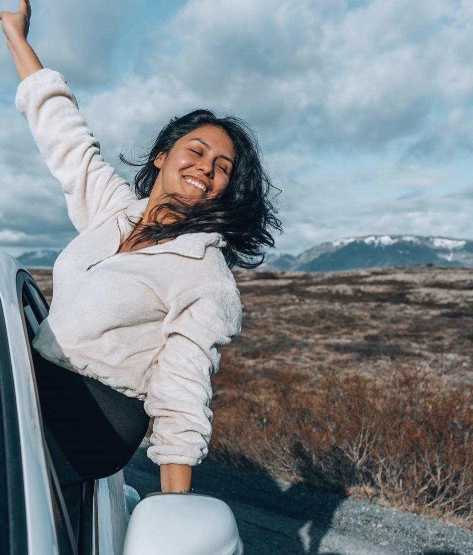 Latina travel influencers HomeExchange @latinachictravels