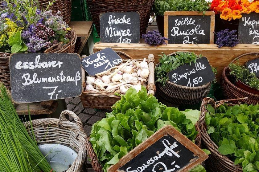 alt local-economy_market, title local-economy_market