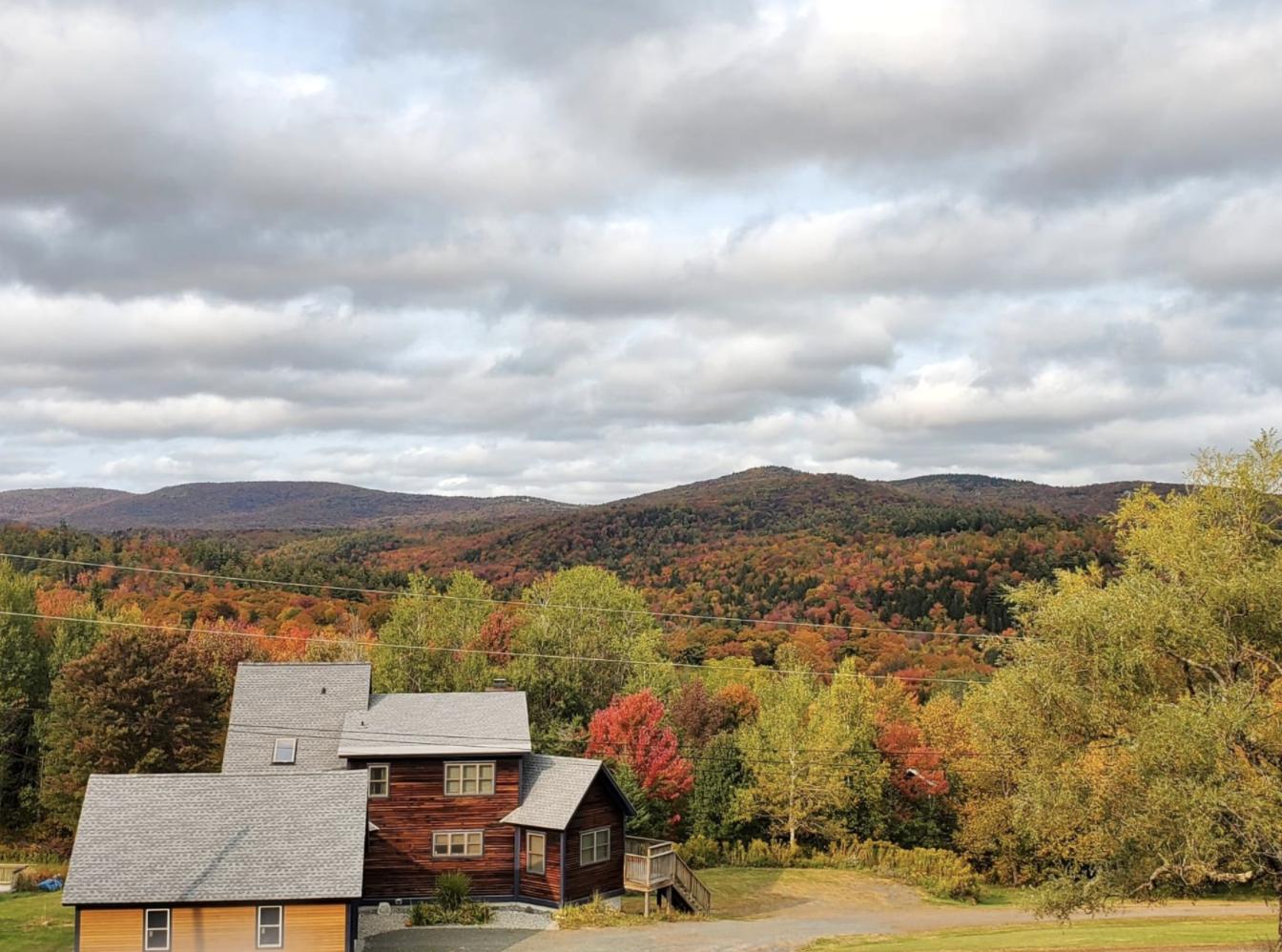 Plan an affordable leaf peeping getaway in Vermont with HomeExchange