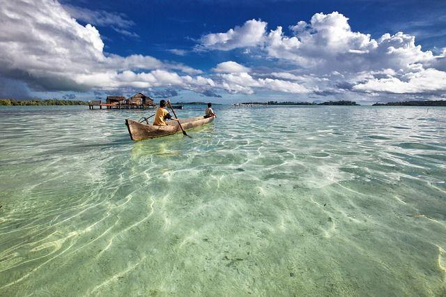 lagoon-Indonesia-lugares-fuera-de-lo-común-2349401_640
